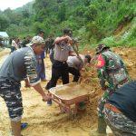 Sinergi TNI – Polri Menanggulangi Bencana Banjir dan Tanah Longsor