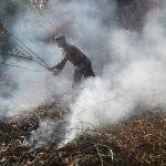 Satbrimob Polda Kepri Masih Temukan Titik Api yang Menyala