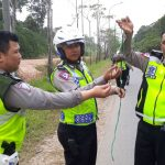 Sat Lantas Polresta Barelang Melakukan Kegiatan Sapu Bersih Ranjau