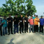 Sinergitas TNI, Polri dan Element Masyarakat Gotong Royong Pembersihan Pantai
