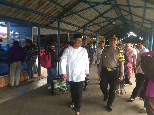 Kapolres Bintan, Bupati dan FKPD Sahur Bersama Hingga Pengecekan Pasar Rakyat Serta Tinjau Arus Mudik Di Pelabuhan