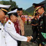 Polres Lingga Berikan Penghargaan Kepada Personil Polri, dan Masyarakat di HUT Bhayangkara Ke-72