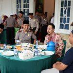 Kapolres Lingga Beserta Wakil Bupati Makan Bersama Ustadz Abdul Somad