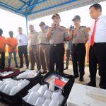 Polda Kepri Gelar Ekspose dan Pelepasan 9.765 Benih Lobster Hasil Penyelundupan
