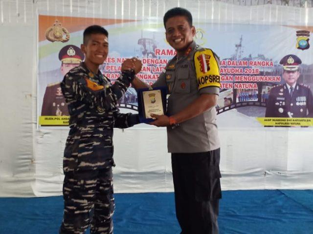 Sinergitas TNI-Polri Laksanakan Makan Bersama Satgas Jalayudha 2018