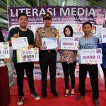 Polres Tanjungpinang Raih Penghargaan Stand Terbaik Pada Pemeran Literasi Media