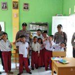 Polsek Dabo Singkep Laksanakan Basembang Bercerita Ke SLBN Singkep
