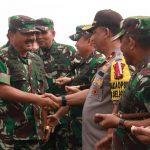 Wakapolda Kepri Sambut Kedatangan Panglima TNI di Batam