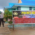 Polres Bintan Beserta Jajaran Pasang Spanduk Himbauan Larangan Corat-Coret Seragam Sekolah Dan Konvoi