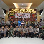 Bentuk Sinergitas TNI Polri di Perbatasan, Polres Natuna Berikan Surprise Kue Ulang Tahun di HUT TNI 74