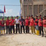 Polsek Batuaji Ikut Berpartisipasi Kegiatan Gotong Royong IKBSS (Ikatan keluarga Besar Sumatera Selatan)