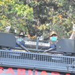 Digelar Serentak di Indonesia, Polres Tanjungpinang Bersama TNI dan Pemko Serta Stakeholder Semprotkan Cairan Disinfektan Secara Massal Cegah Penyebaran Covid-19