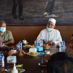 Basembang Bercerite Kamtibmas Polsek Bunguran Timur, Dalam Rangka Menjalin Silaturahmi Antar Umat Beragama