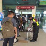 Polsek Bandara RHF Tanjungpinang Lakukan Pengamanan dan Himbauan Kepada Masyarakat