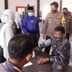 Polres Lingga bersama TNI Gelar Vaksinasi bersama