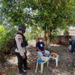 Brimob Polda Kepri Patroli Himbau Prokes dan Bagikan Masker kepada Masyarakat